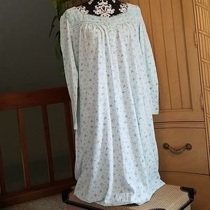 Croft & Barrow intimates nightgown